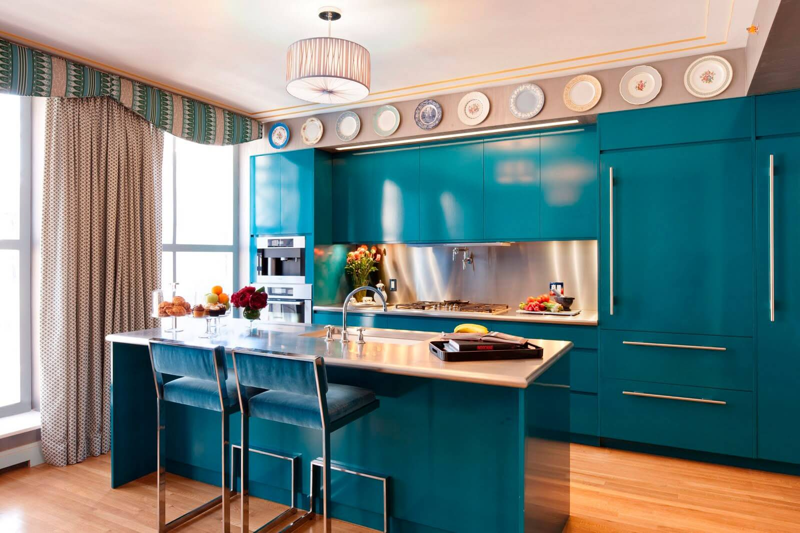 Кухни бирюзового цвета: 50 идей и фото примеров мебели и интерьеров