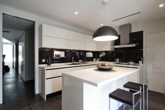 кухня в стиле минимализм 14 кв. м