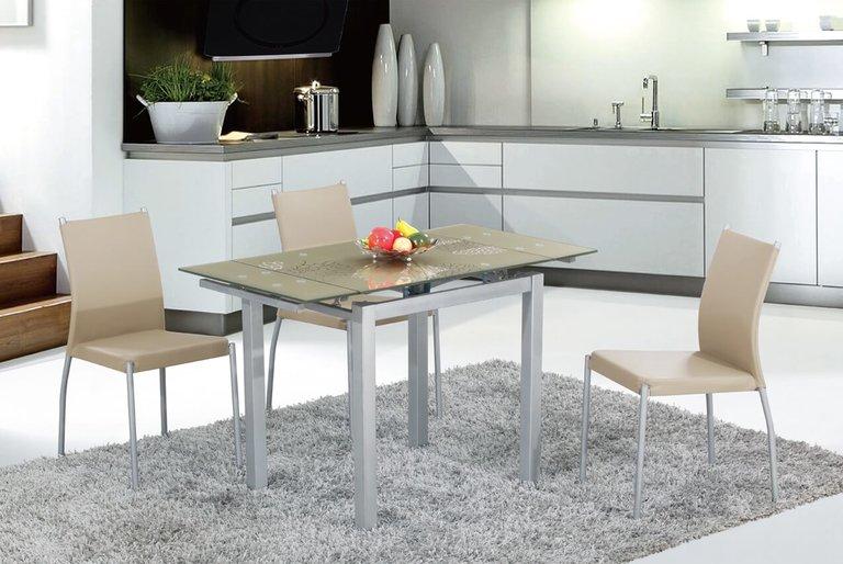 ... Wenn Auch Ein Glas Ovaler Tisch In Der Mitte Und Stuhl Ergänzung Zu  Setzen. Wenn Die Küche Ist Insel Küche Wird Der Tisch Näher An Die Wand  Angeordnet.