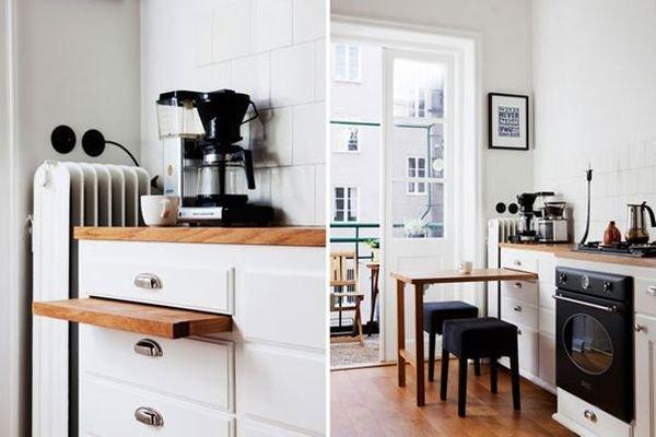 Una mesa de comedor para una pequeña cocina