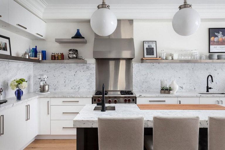 Какой фартук для кухни лучше: сравнение материалов, советы по выбору и отзывы специалистов