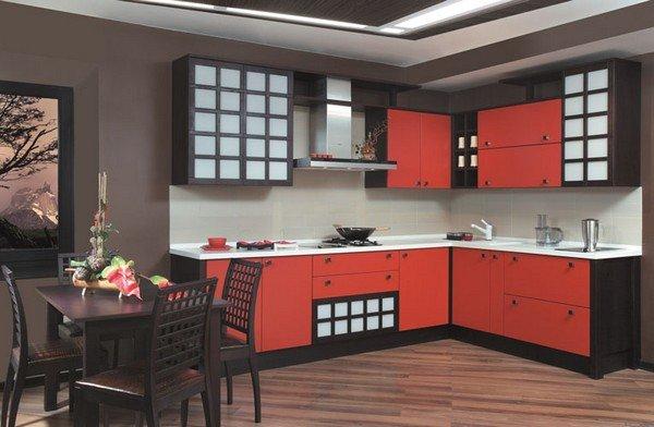 красная кухня в японском стиле