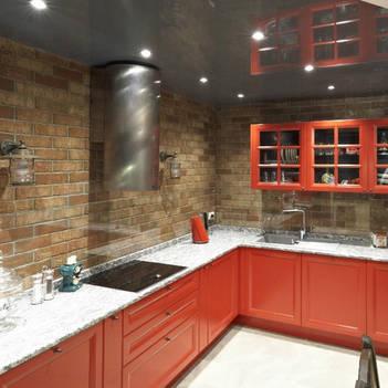 красная кухня в стиле лофт