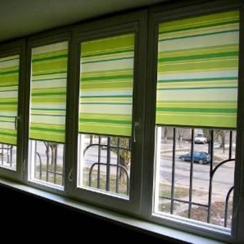 красивые шторы для балкона на кухне