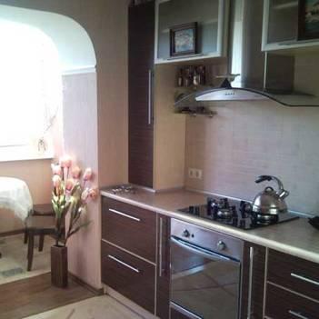 арка на кухне совмещенной с балконом