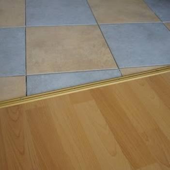 металлический порожек для стыка плитка-ламинат